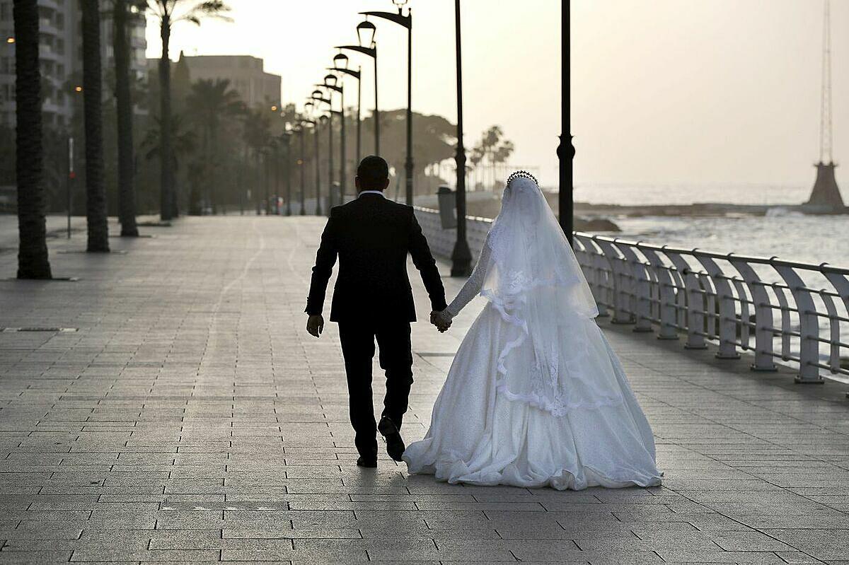 """Để duy trì cuộc hôn nhân hãy """"Hẹn hò như trước lúc cưới"""""""